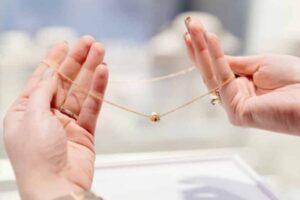 Χρυσά κοσμήματα και αντικείμενα: Οδηγός φροντίδας!